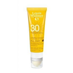 WIDMER SUN ALL DAY SPF30 PARF + LIPSTICK TUBE 1X 25ML +GRATIS HOUDER